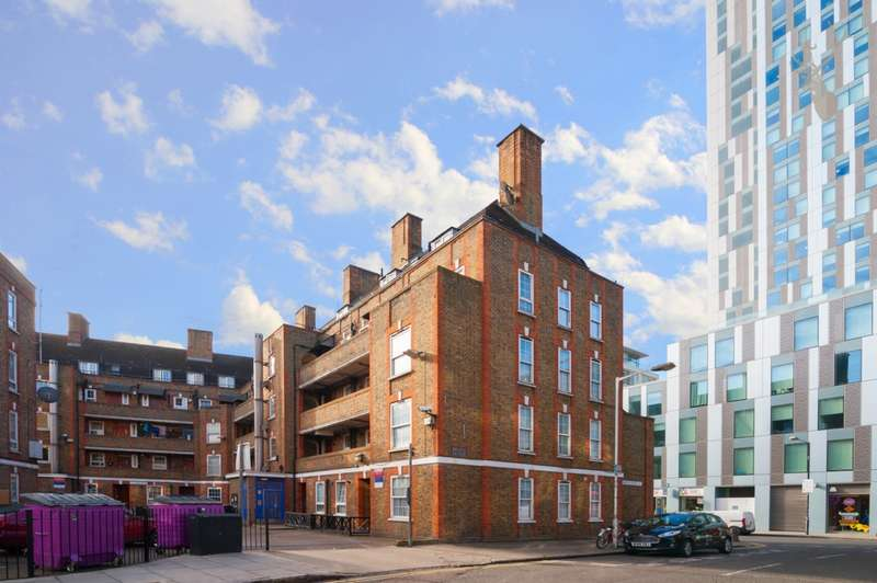 1 Bedroom Flat for sale in Brune House, Bell Lane, Spitalfields, E1