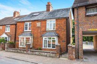 2 Bedrooms Semi Detached House for sale in Heathfield Cottages, Ashfield Road, Midhurst, West Sussex