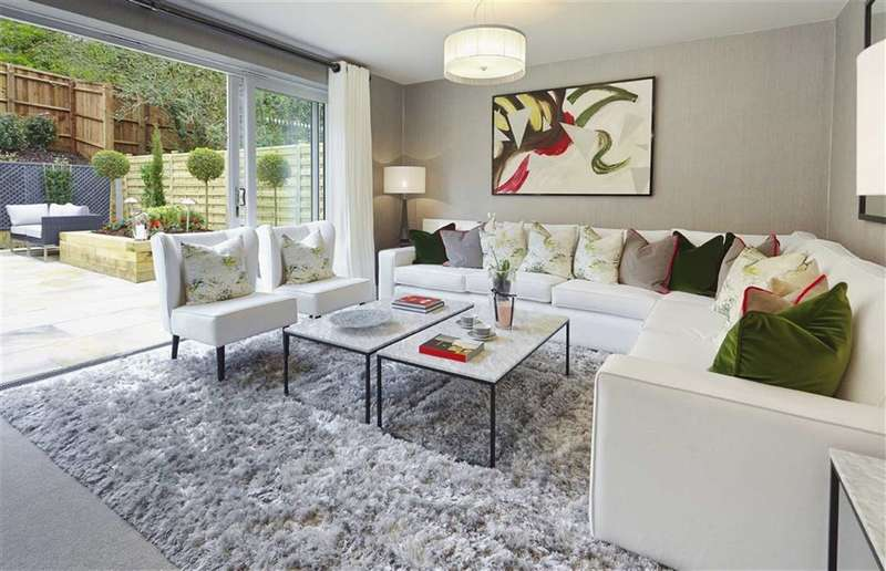 3 Bedrooms Property for sale in Island Houses, Harefield, Middlesex, UB9
