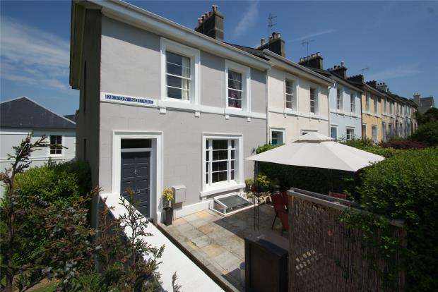 6 Bedrooms End Of Terrace House for sale in Devon Square, Newton Abbot, Devon
