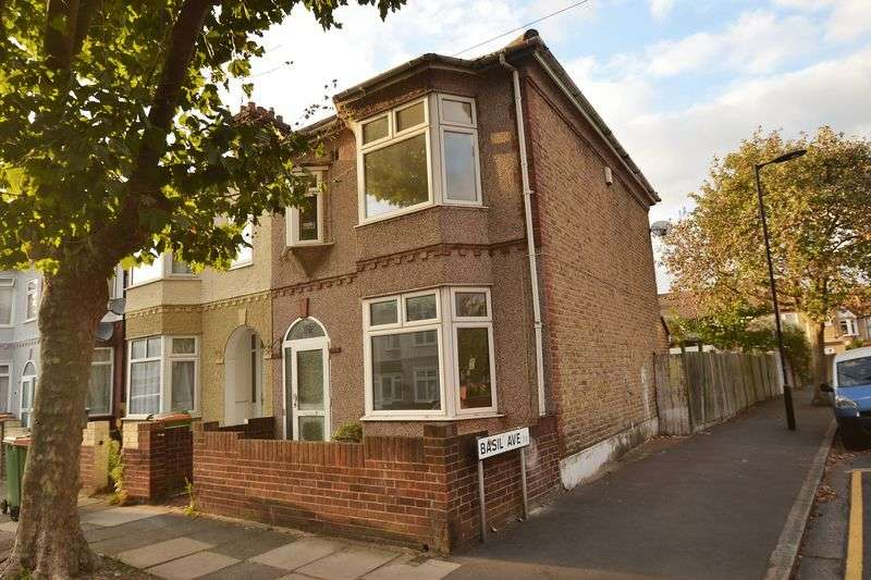 3 Bedrooms House for sale in East Ham
