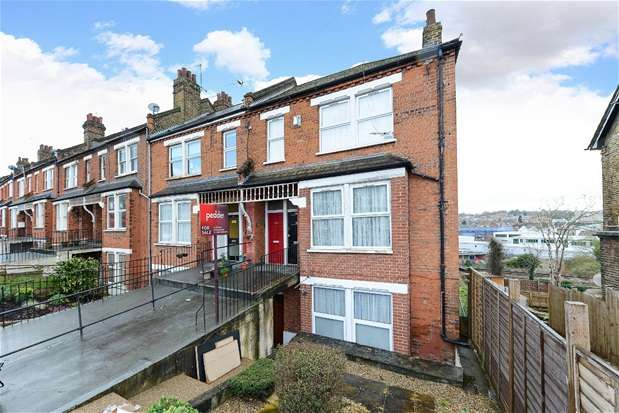 2 Bedrooms Flat for sale in Auckland Hill, West Norwood