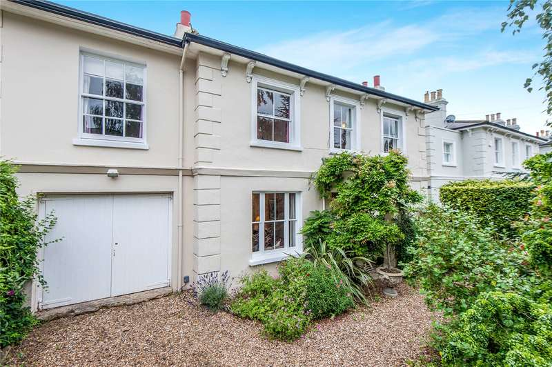 5 Bedrooms Detached House for sale in Belmont Road, Twickenham, TW2