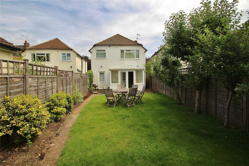 3 Bedrooms Detached House for sale in High Street, Horsell, Woking, Surrey, GU21