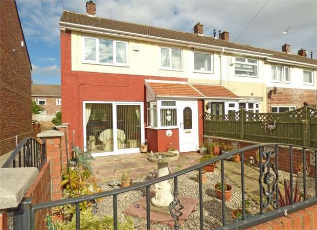 3 Bedrooms End Of Terrace House for sale in Prendwick Court, Hebburn, Tyne and Wear