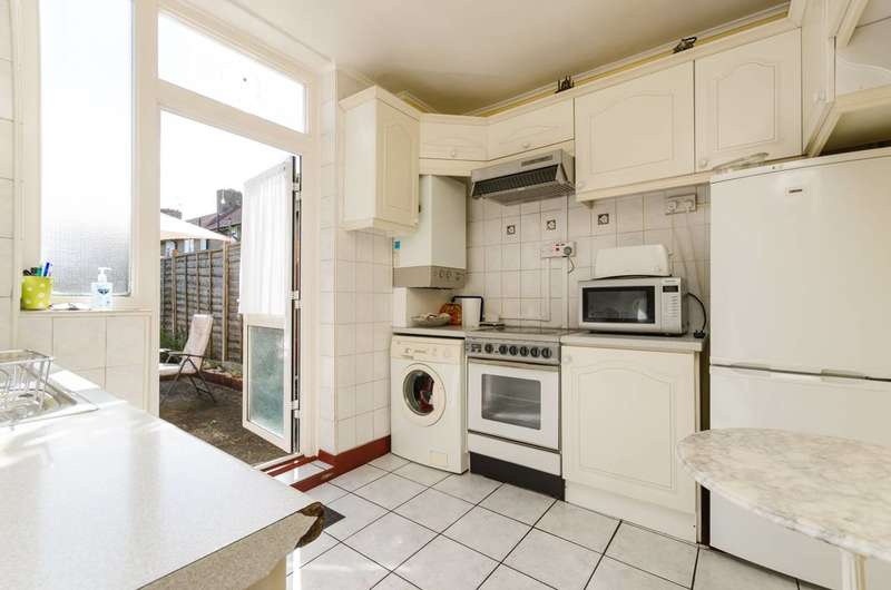 2 Bedrooms House for sale in Erica Street, Shepherd's Bush, W12