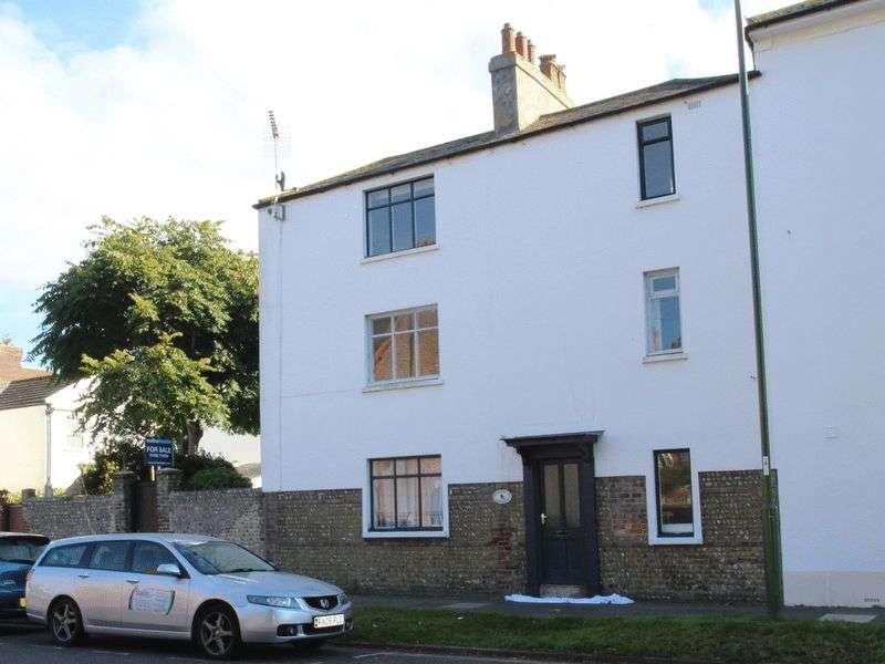 3 Bedrooms Terraced House for sale in St. Augustine Road, Littlehampton