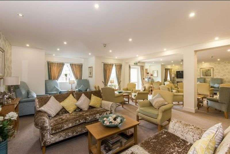 1 Bedroom Flat for sale in ASSISTED LIVING : Phone 0845 004 5000 to find out more about Catherine Court, Eastleigh