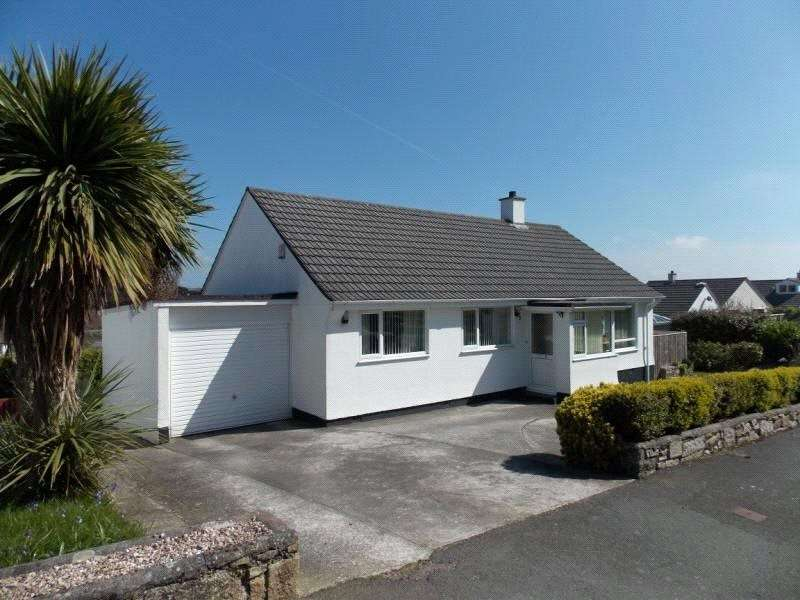 3 Bedrooms Detached Bungalow for sale in St Golder Road, Newlyn, Penzance