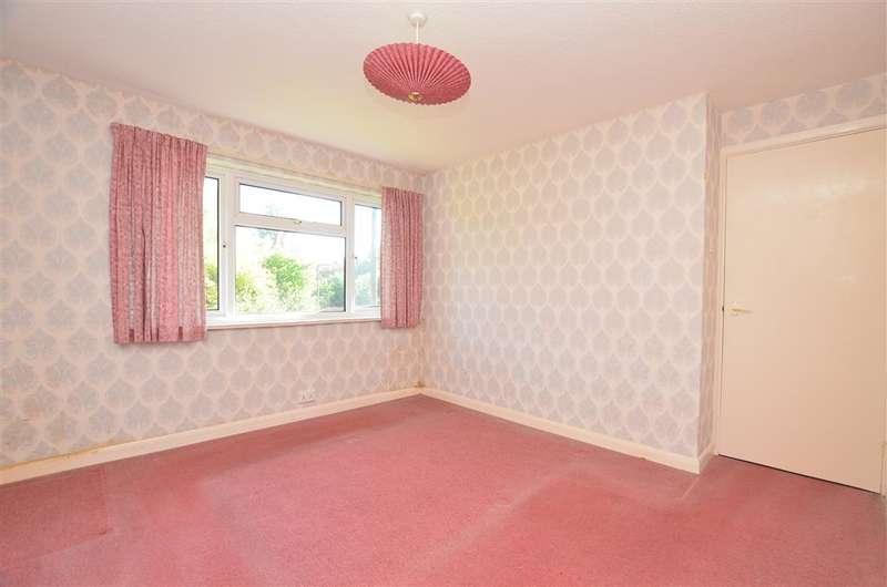 3 Bedrooms Semi Detached House for sale in Watson Road, Westcott, Dorking, Surrey