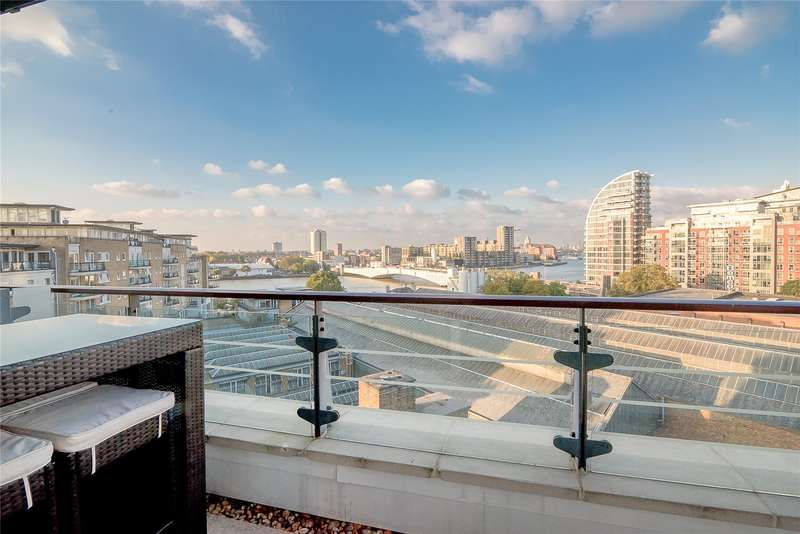 2 Bedrooms Flat for sale in Omega Building, Smugglers Way, London, SW18