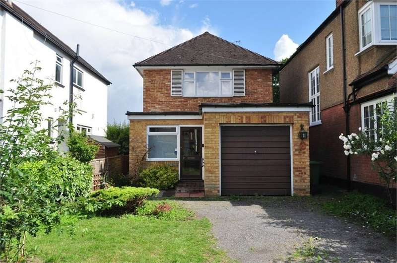 3 Bedrooms Detached House for sale in Riverfield Road, Staines-upon-Thames, TW18