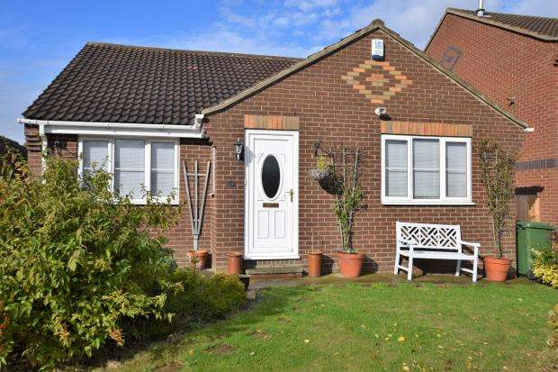 4 Bedrooms Detached Bungalow for sale in Redcliffe Road, Scarborough, North Yorkshire YO12 6EU
