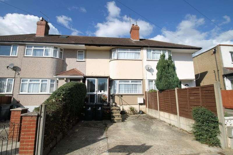 3 Bedrooms Terraced House for sale in Girton Close, Northolt, Middlesex