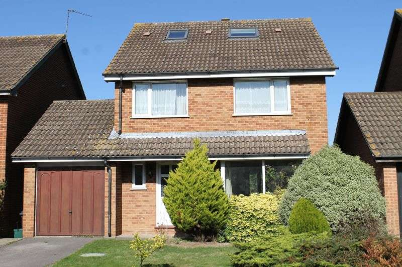 5 Bedrooms Detached House for sale in Merrow Park
