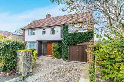 4 Bedrooms Detached House for sale in Gorsey Lane, Ashton-Under-Lyne, Greater Manchester