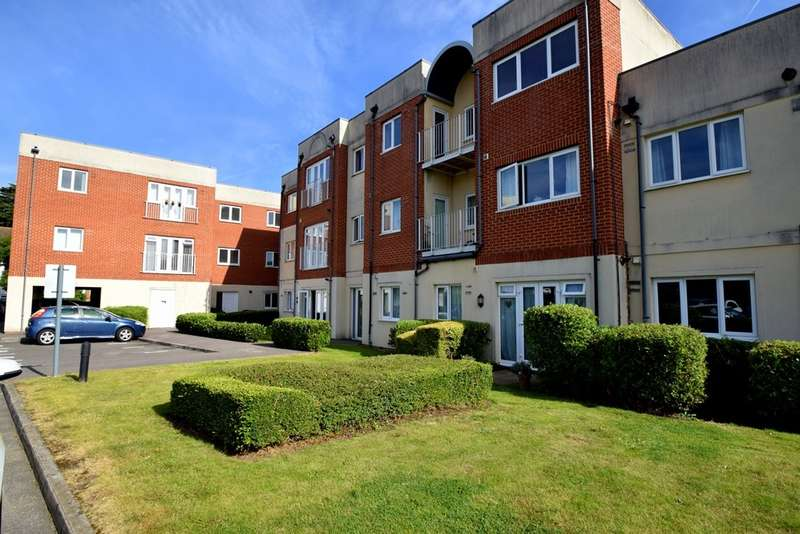 2 Bedrooms Flat for sale in Urbis, Wolf Lane, Windsor, SL4