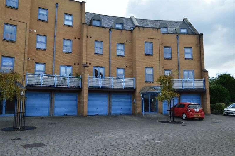 1 Bedroom Flat for sale in Maunsell Road, Weston Village
