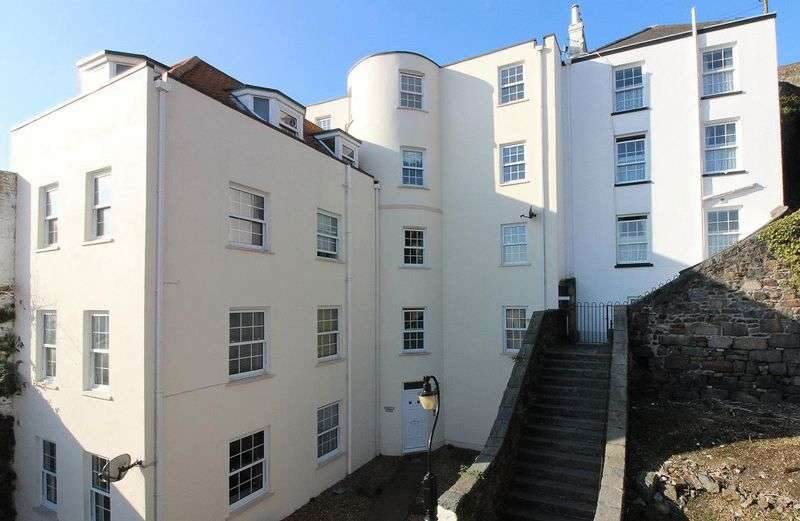 1 Bedroom Flat for sale in St Peter Port