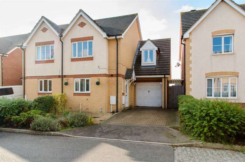 3 Bedrooms Semi Detached House for sale in Saxon Shore, Sittingbourne