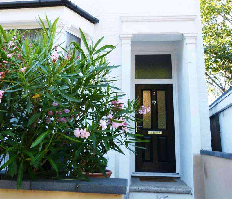 3 Bedrooms End Of Terrace House for sale in Gordon Road, Bounds Green