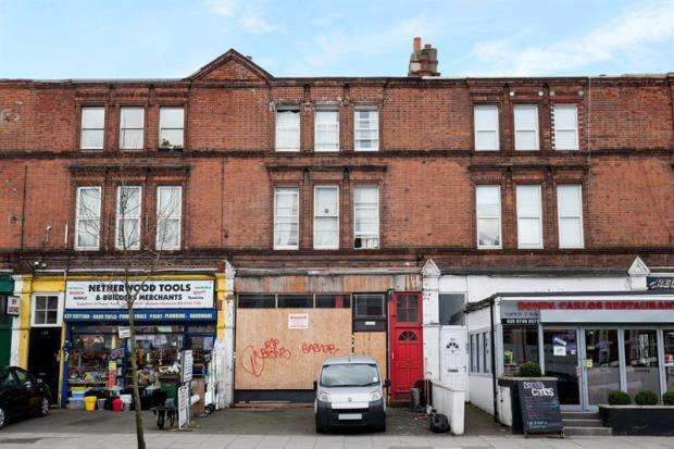 House for sale in Goldhawk Road, Shepherds Bush, W12