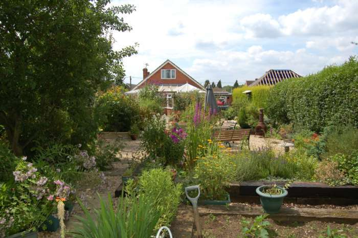 4 Bedrooms Detached House for sale in Radnage
