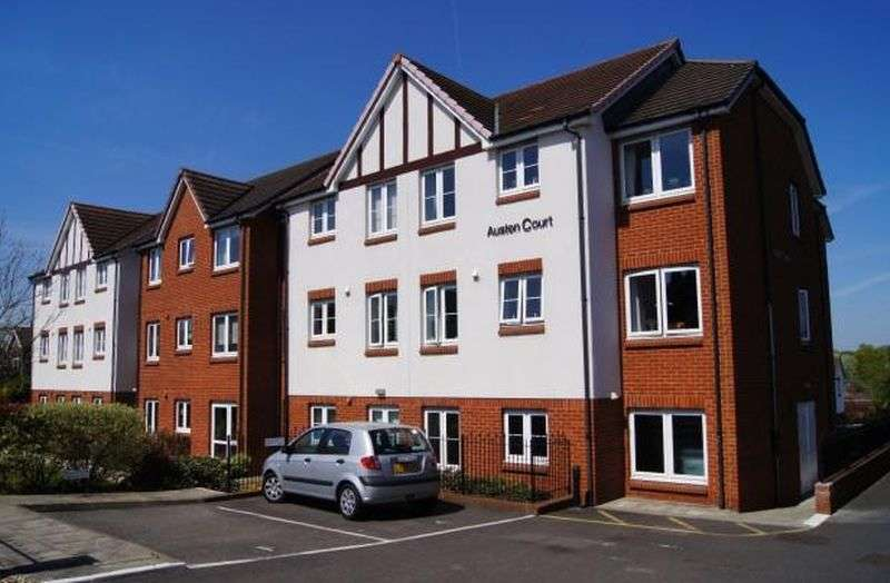1 Bedroom Flat for sale in Austen Court,Winchmore Hill Road, London: One bed first floor retirement apartment