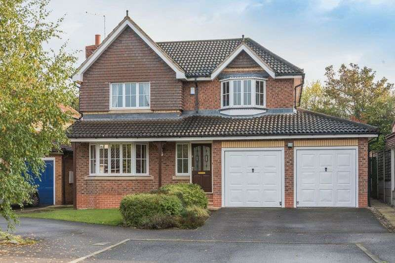 4 Bedrooms Detached House for sale in Thorncliffe Way, Tankersley S75 3DN - No Chain Involved - Early Completion Available