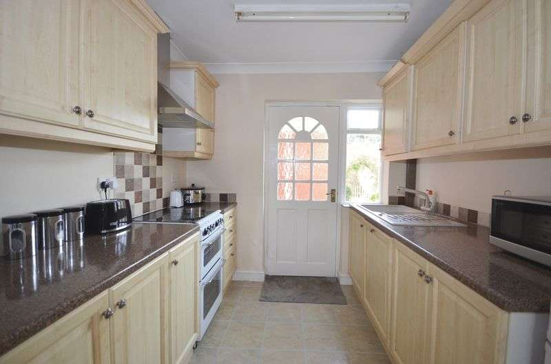 3 Bedrooms Terraced House for sale in Barnes Road, Widnes
