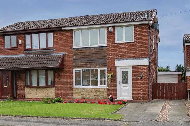 3 Bedrooms Semi Detached House for sale in Somerton Road, Bolton