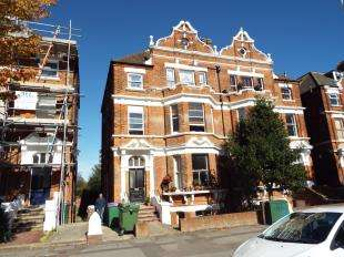 1 Bedroom Maisonette Flat for sale in Bouverie Road West, Folkestone