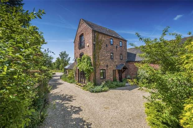 4 Bedrooms Mews House for sale in Eaton-on-Tern, Market Drayton, Shropshire