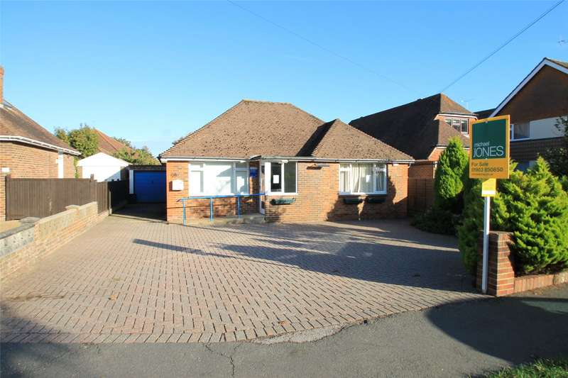 5 Bedrooms Detached Bungalow for sale in Sea Road, East Preston, Littlehampton, BN16
