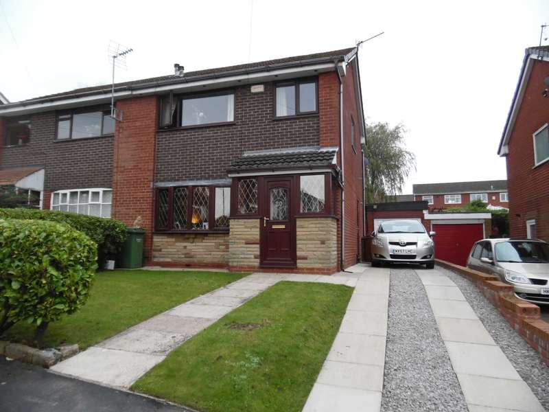 3 Bedrooms Semi Detached House for sale in Chatsworth Close, Shaw