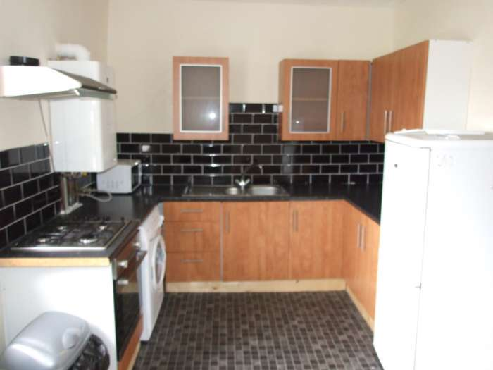 8 Bedrooms Flat for rent in Salisbury Road, Cathays, Cardiff, CF24 4AA