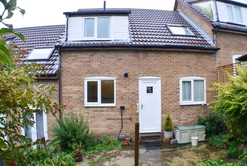 3 Bedrooms House for sale in John Wesley Court, Prudhoe, NE42