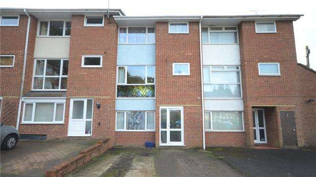4 Bedrooms Terraced House for sale in Green Acre, Aldershot, Hampshire