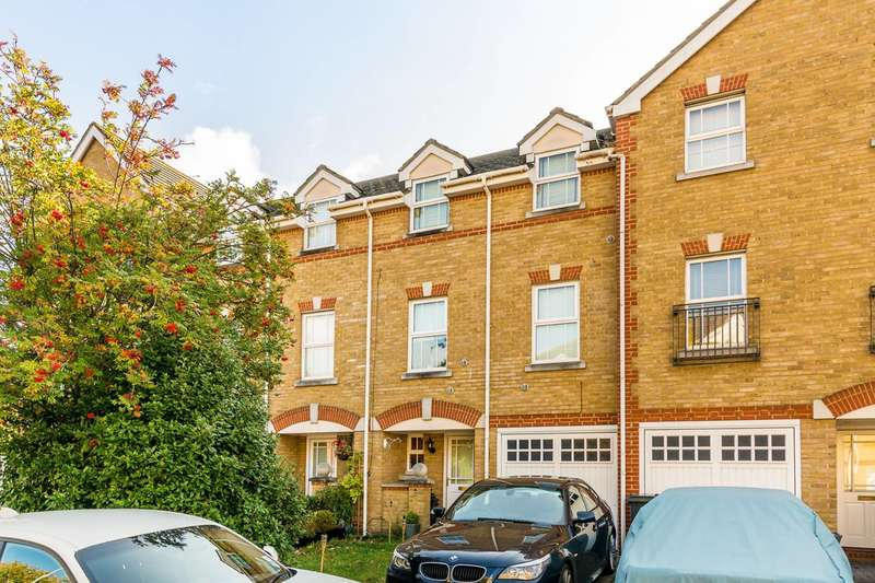 5 Bedrooms House for sale in Draper Close, Isleworth, TW7
