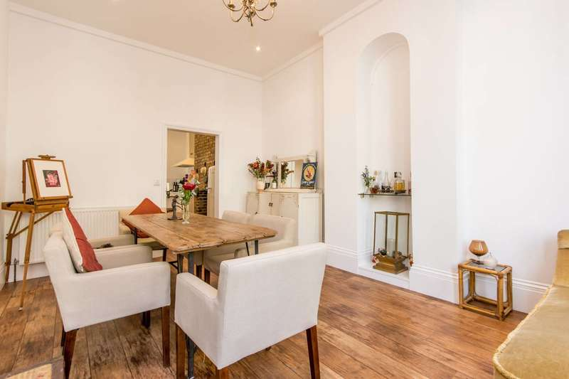 4 Bedrooms House for sale in Churchfield Road, Poet's Corner, W3