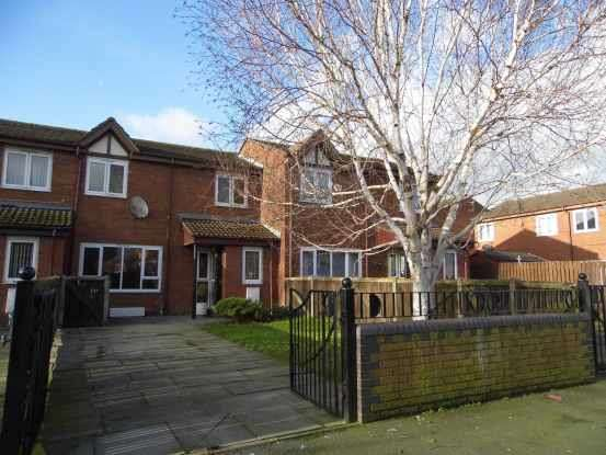 2 Bedrooms Terraced House for sale in Doddington Lane, Salford, Greater Manchester, M5 3JY