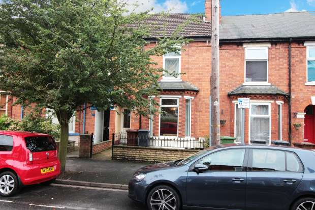 3 Bedrooms Terraced House for sale in Richmond Road, Lincoln, Lincolnshire, LN1 1LQ