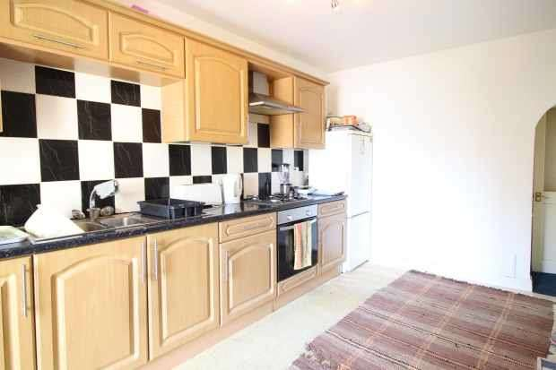 2 Bedrooms Apartment Flat for sale in 7-9 Colne Road, Barnoldswick, Lancashire, BB18 6XB