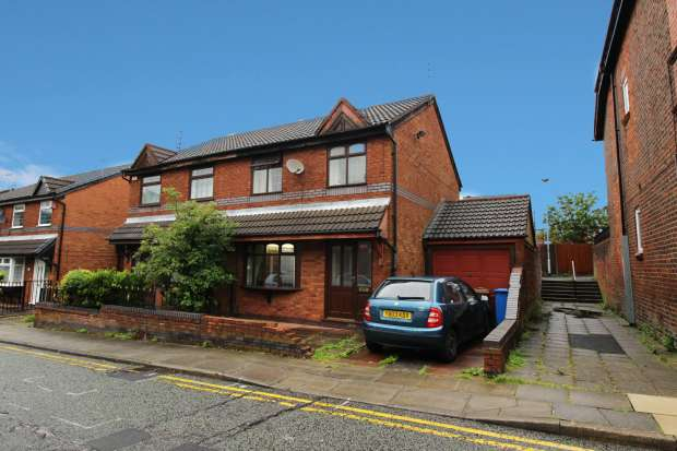 3 Bedrooms Semi Detached House for sale in Albion Street, Rochdale, Lancashire, OL11 2UT
