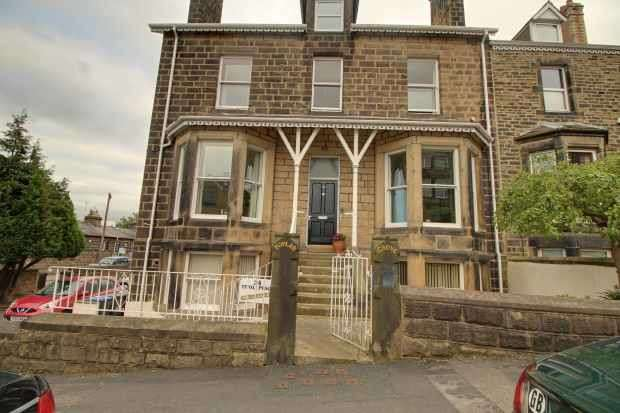 1 Bedroom Apartment Flat for sale in Tivoli Place, Ilkley, West Yorkshire, LS29 8SU