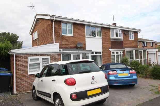 4 Bedrooms Semi Detached House for sale in Neasham Rd, County Durham, Durham, SR7 0EG