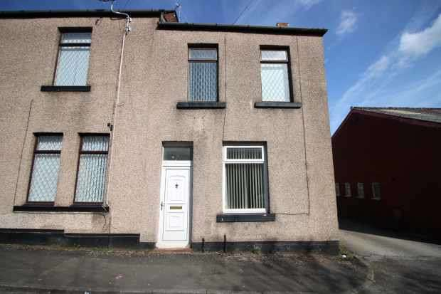 3 Bedrooms Terraced House for sale in Fir Street, Rochdale, Lancashire, OL10 1NW