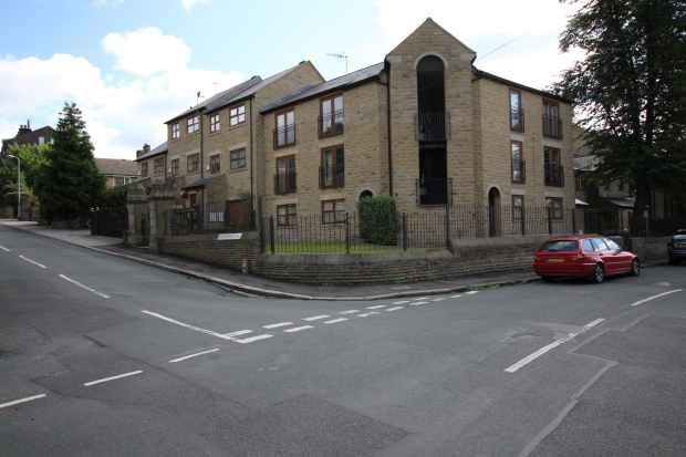 1 Bedroom Apartment Flat for sale in Preachers Mews,, Bingley, West Yorkshire, BD16 4NT