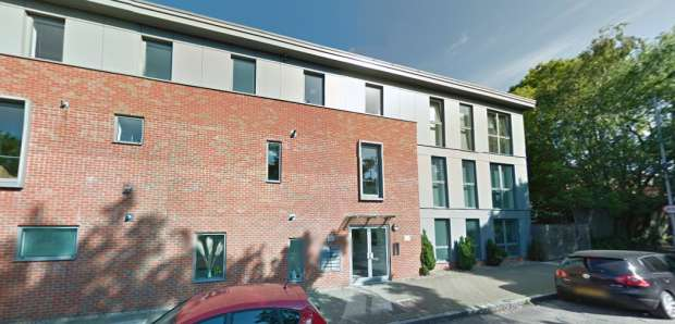 2 Bedrooms Apartment Flat for sale in George Court, Putney, Greater London, SW15 3SA