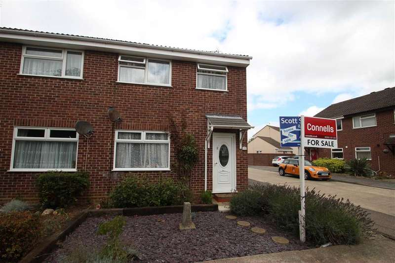 3 Bedrooms Semi Detached House for sale in Dixon Avenue, Clacton-On-Sea